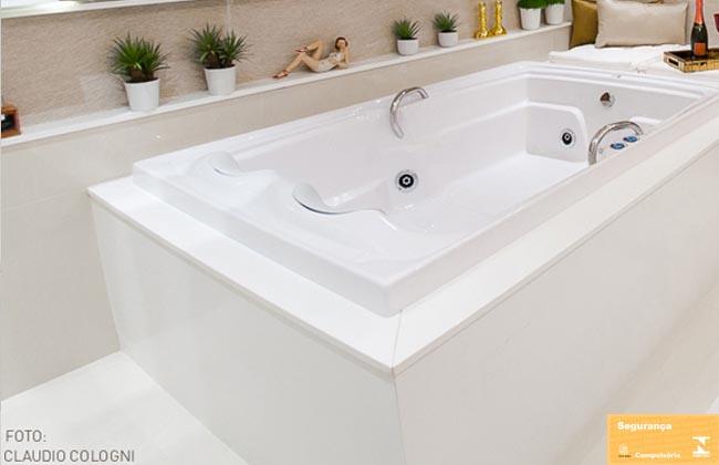 Banheira de hidroPretty Jet em BHConfira os modelos! -> Medidas Ideais Para Banheiro Com Banheira